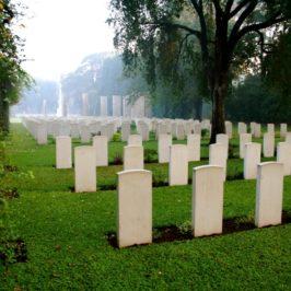 Les cimetières sont remplis de gens indispensables