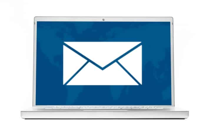 Pour décrocher un emploi, un courriel suffit