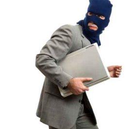 Faites gaffe aux offres d'emploi frauduleuses!