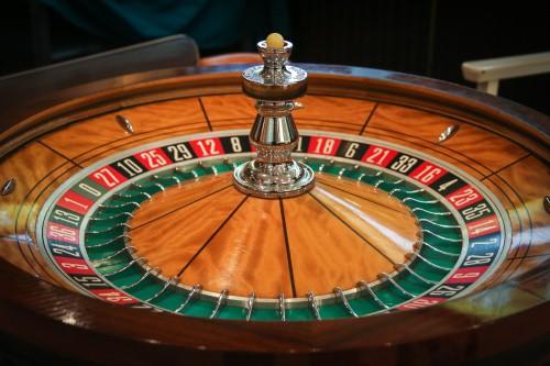 Pourquoi recommencer le jeu du hasard?
